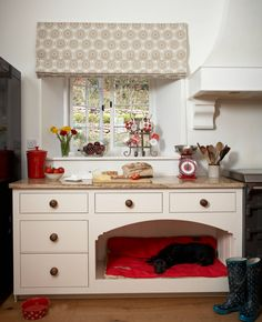 Love this - dog's bed tucked away next to the Aga! Kitchen by Barnes of Ashburton Ltd. Built In Dog Bed, Dog Spaces, Designer Dog Beds, Dog Furniture, Dog Rooms, Sweet Home, Bespoke Kitchens, Home And Deco, Pet Beds