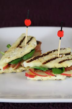 Breadless Grilled Cheese Sandwich (Halloumi Cheese with Honey Crisp Apples & Bacon)