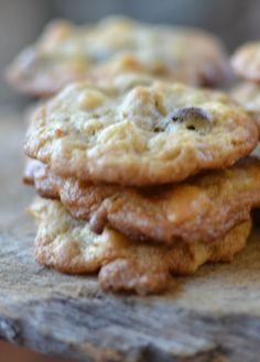 Delectable little treats filled with white and milk chocolate, oats, coconut & pecans!!