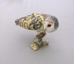 New Trinket Box Gift Swarovski Crystals Watchful Barn Owl Bird Animal Necklace