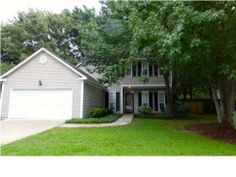 1968 Oak Tree Lane, Mount Pleasant is a great single family home available for rent in the Sweetgrass subdivision! #forrent #LLP #LoisLaneProperties #MountPleasantSC