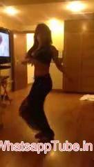 Hot Girl Dancing Blue Hai Pani Pani - http://funnytube.in/hot-girl-dancing-blue-hai-pani-pani/