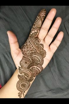 You might be looking for stunning mehndi designs to draw on for the upcoming events. Check out different beautiful and simple mehndi designs. New mendhi design Best Arabic Mehndi Designs, Mehndi Designs For Kids, Latest Bridal Mehndi Designs, Mehndi Designs Book, Full Hand Mehndi Designs, Mehndi Design Photos, Engagement Mehndi Designs, Mehndi Designs For Fingers, Dulhan Mehndi Designs