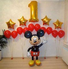 Mickey 1st Birthdays, Fiesta Mickey Mouse, Mickey Mouse First Birthday, Mickey Mouse Clubhouse Birthday Party, Baby Birthday, Birthday Ideas, Mickey Mouse Birthday Decorations, Theme Mickey, Mickey Mouse Parties