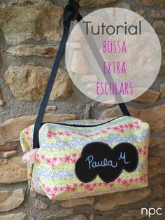 No paris de cosir. Patchwork Patterns, Patchwork Bags, Sewing Tutorials, Sewing Projects, Diy Bags Purses, Handmade Handbags, Heirloom Sewing, Tote Purse, Needle And Thread