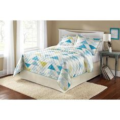 Mainstays Teal Triangle Twin Quilt