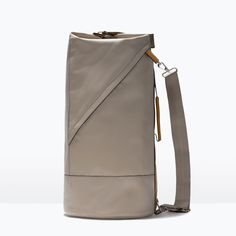Image 1 of DUFFLE BAG WITH BUCKLE from Zara