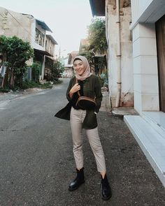 63 Ideas Clothes Dresses Casual Cardigans For 2019 Look Fashion, Hijab Fashion, Trendy Fashion, Girl Fashion, Fashion Outfits, Sport Fashion, Fashion Art, Fashion Ideas, Fashion 2020