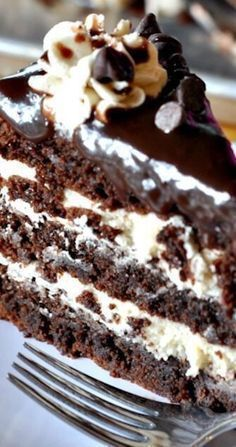 Cookie dough brownie cake recipe is rich and decadent. This three-layer brownie cake is filled with cookie dough frosting and topped with a silky chocolate ganache. Cookie Dough Frosting, Cookie Dough Brownies, Cake Brownies, Sweet Recipes, Yummy Recipes, Dessert Recipes, Oreo Dessert, Recipies, Cookie Cake Recipes