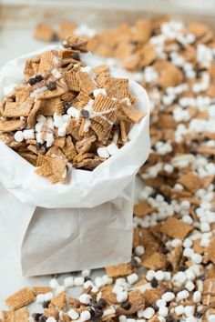 s'mores munchies mix ohsweetbasil.com