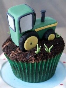 **use this as an idea..I could make dirt and worm cupcakes..licorice grass, candy tractor