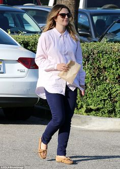 Drew Barrymore rocks her Thunderbird II mocs while picking up some groceries for her family. #MyMinnetonka