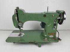 VINTAGE Sewmor Made in Japan Manual Sewing Machine FOR PARTS OR REPAIR! #Sewmor