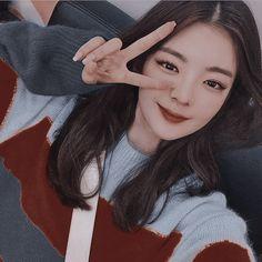 Aesthetic Movies, Kpop Aesthetic, Kpop Girl Groups, Kpop Girls, Pretty Korean Girls, My Princess, K Idols, Pretty Face, Red Velvet