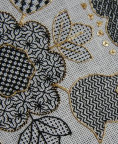 blackwork   Blackwork Hearts and Flowers – Ta da! – The Unbroken Thread