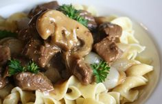 Slow Cooker Beef Tips and Noodles