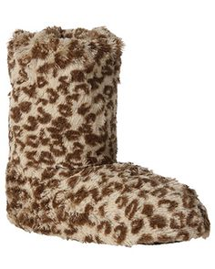Just what I need for the Scottish wintertime. Fuzzy Boots, Fuzzy Slippers, Baby Leopard, Brown Leopard, Rue 21, Fashion 101, Autumn Fashion, Bedroom Slippers, Walking Tall