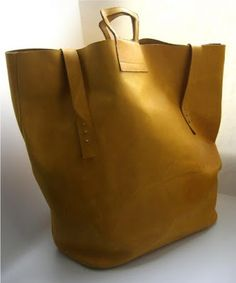 What woman doesn\u0026#39;t love a purse! on Pinterest | Prada Handbags ...