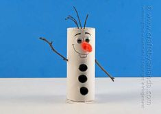 Cardboard Tube Olaf Craft from Frozen - Crafts by Amanda ! Kids Crafts, Christmas Crafts For Kids, Kids Christmas, Holiday Crafts, Arts And Crafts, Party Crafts, Frozen Christmas, Christmas Decor, Christmas Ornaments