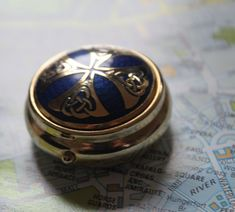 Blue and Gold Round Shape. Celtic Knot Designs, Dressing Table, Knots, Rings For Men, Essentials, Shapes, Purses, Lady, Box