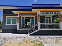 Modern Bungalow House Design, Bungalow House Plans, Small House Design, Indian House Exterior Design, Dream House Exterior, Thai House, Model House Plan, Indian Homes, House Styles
