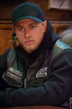 It's Time to Unleash These Pictures of Charlie Hunnam on Sons of Anarchy Upon the World