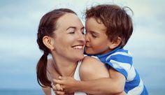 Eltern können sehr viel von Kindern lernen, um glücklich zu werden.