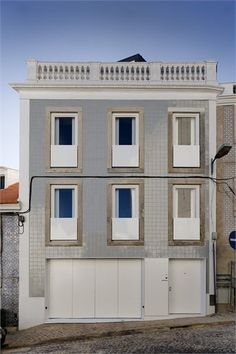 House of Janelas Verdes, Lisbon, 2009