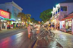 Duvall Street, Key West.  The fun continues here....