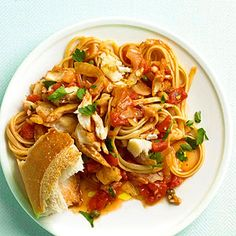 Searching for new tilapia recipes? This fish pasta is a surprisingly simple weeknight dinner. Canned Tomato Recipes, Yummy Pasta Recipes, Tilapia Recipes, Quick Dinner Recipes, Fish Recipes, Seafood Recipes, Cooking Recipes, Recipies, Fish Dishes