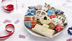 Happy birthday, Ma'am! Our brand new biscuit tin has been hand-iced in honour of the Queen's 90th birthday. We deliver worldwide!