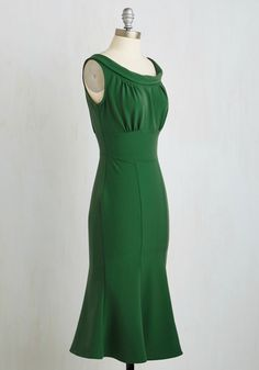 Jazz Band Jive Dress. Though at a glance your fern green sheath by Stop Staring! #green #modcloth
