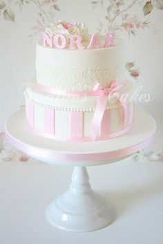 Étincellement avec Rose et Blanc by Nadine's Cakes & My little white home, via Flickr