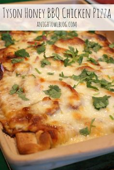 Tyson Honey BBQ Chicken Pizza with homemade BBQ Chicken instead of the tyson chicken strips. Lunches And Dinners, Meals, Honey Bbq, Good Food, Yummy Food, Chicken Pizza, Food Inspiration, Main Dishes, Chicken Recipes