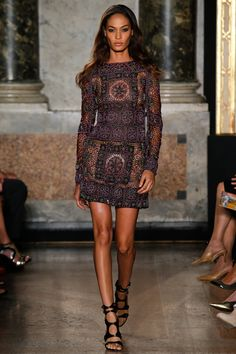 Joan Smalls for Emilio Pucci Spring 2015 RTW – Runway – Vogue I honestly think this is the most beautiful dress I have ever seen.
