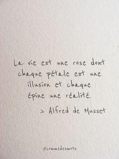 La vie est une rose 🌹 - Fushion News Faith Quotes, Words Quotes, Rose Quotes, Poetry For Kids, Pretty Quotes, French Quotes, Some Words, Quote Prints, Sentences