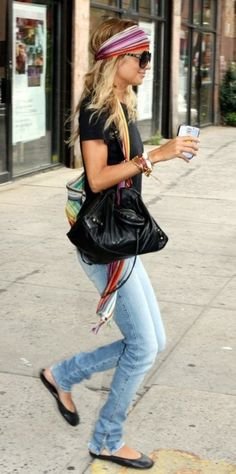 Nicole Richie always has the best casual looks...