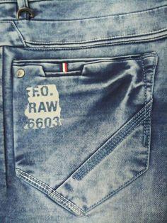 Embroidery denim pants shorts 35 Ideas for 2019 Denim Jeans Men, Boys Jeans, Denim Shirt, Jeans Pants, Elastic Jeans, Patterned Jeans, Jeans Style, Fendi, Gold Wedding