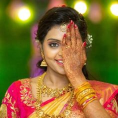 South Indian Bridal Photography Ideas - Best Poses of South Indian Bride - Ananth A - South Indian Bridal Photography Ideas - Best Poses of South Indian Bride South Indian Bridal Photography Ideas - Best Poses of South Indian Bride - Indian Wedding Photography, Couple Photography, Photography Ideas, Silk Saree Blouse Designs, Bridal Blouse Designs, Good Poses, Indian Bridal Fashion, South Indian Bride, Floral Hair