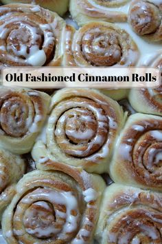Old Fashioned Cinnamon Rolls recipe from RecipeGirl.com #old #fashioned #oldfashioned #cinnamon #rolls #cinnamonrolls #recipe #RecipeGirl