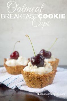 Oatmeal Breakfast Cookie Cups #QuakerRealMedleys #ad @walmart