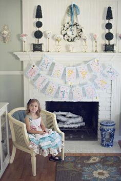 I adore the Alice in Wonderland Birthday theme. Lots of cute ideas on this blog