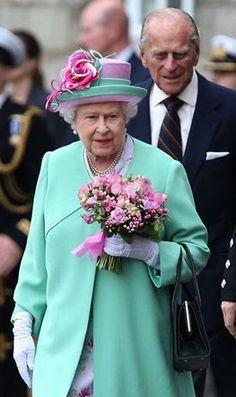 Queen Elizabeth, June 30, 2015 in Angela Kelly