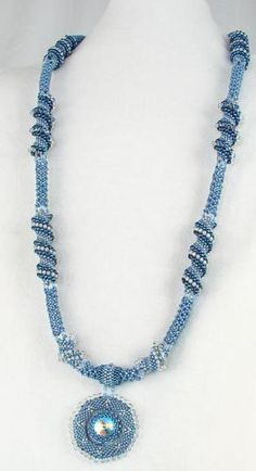 Linda Richmond Beadweaving Patterns – Page Two - DIY Schmuck Seed Bead Necklace, Seed Bead Jewelry, Bead Jewellery, Beaded Earrings, Beaded Jewelry, Seed Beads, Beaded Necklaces, Jewelry Patterns, Bracelet Patterns
