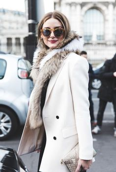 This is an image of Olivia Palermo at Paris Fashion Week in the last yew years. She is wearing a fur shall today that represents a style shows to us back in the Paired with a pea coat of the time making this a modern day outfit, resembling a old trend. Fashion Week Paris, Fashion Weeks, Fashion Mode, Look Fashion, Street Fashion, Fashion Trends, Net Fashion, Trendy Fashion, Fashion Music