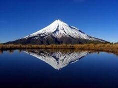 Mount Taranaki, (also known as Mount Egmont), New Plymouth, The North Island, New Zealand (The Hobbit Lonely Mountain Film Location) New Zealand North, New Zealand Travel, The Places Youll Go, Places To See, Mountain Love, Monte Fuji, Foto Blog, Pictures Of The Week, Beautiful Places To Visit