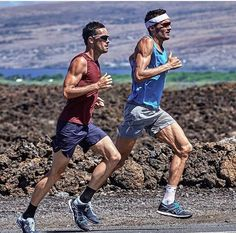 """Every champion was once a contender that refused to give up"" . IronMan champion Jan Frodero (right) training in Kona Hawaii. . . . . Follow us use hashtag #wonderfulrunning and join the movement . . . . . . . via @tritloncjannel"