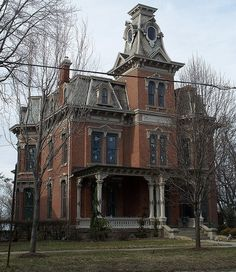 Norwalk House 131 East Main, Norwalk Ohio Second Empire Old Mansions, Abandoned Mansions, Abandoned Houses, Abandoned Places, Old Houses, Haunted Houses, Abandoned Castles, Victorian Architecture, Beautiful Architecture