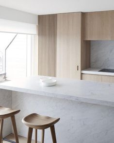 moncxiii  Clean cut kitchen and Carrara marble