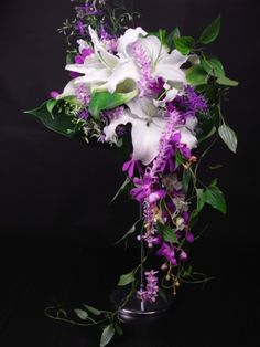 Gorgeous purple and white bouquet!  Sakie's Floral Design www.hanasakie.com